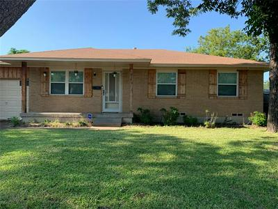 439 E MONA AVE, Duncanville, TX 75137 - Photo 1