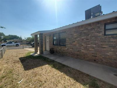 908 W 36TH ST, Odessa, TX 79764 - Photo 2