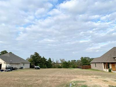 131 COMANCHE DR, Lake Kiowa, TX 76240 - Photo 2