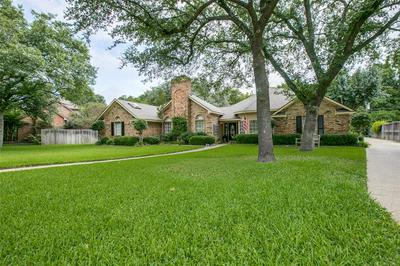 930 BALFOUR DR, Cedar Hill, TX 75104 - Photo 2