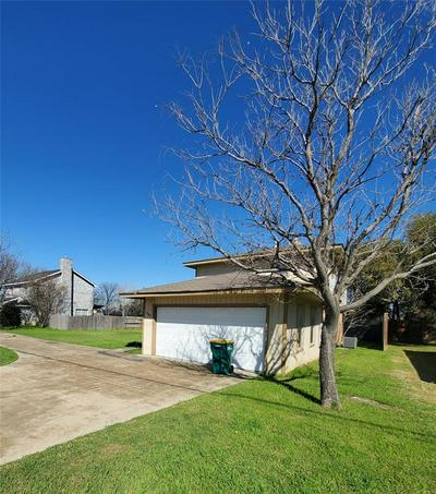 207 SWISHER RD, LAKE DALLAS, TX 75065 - Photo 2