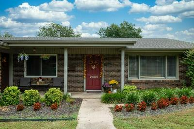 2405 WINTHROP AVE, Fort Worth, TX 76107 - Photo 2