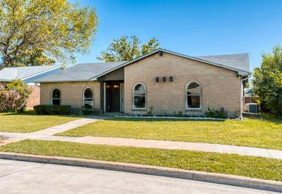 5605 TWITTY ST, The Colony, TX 75056 - Photo 2