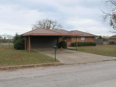 1505 RABORN DR, BOWIE, TX 76230 - Photo 2