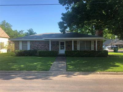 314 HALL ST, Whitesboro, TX 76273 - Photo 1