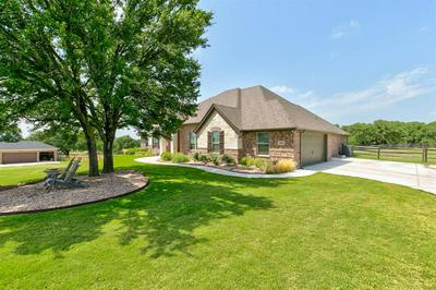 108 MAVERICK CT, Granbury, TX 76049 - Photo 1