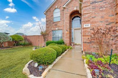 932 IDLEWILD CT, Highland Village, TX 75077 - Photo 2