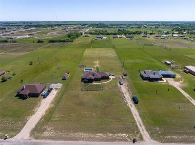 328 MESA RDG, Decatur, TX 76234 - Photo 1