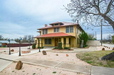1301 S MULBERRY ST, EASTLAND, TX 76448 - Photo 1