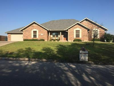 1028 N ELM ST, Muenster, TX 76252 - Photo 1