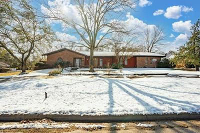 1206 E FRANKLIN ST, Hillsboro, TX 76645 - Photo 1