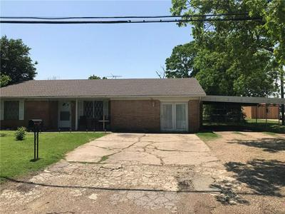 703 N GILMER AVE, DAWSON, TX 76639 - Photo 2