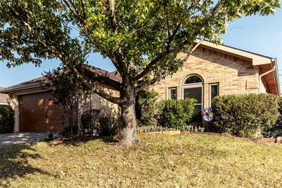 822 THORTON DR, Cedar Hill, TX 75104 - Photo 2