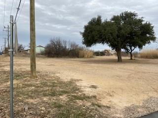 204 N PARKS ST, Breckenridge, TX 76424 - Photo 2