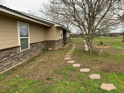 1742 COUNTY ROAD SW 3055, Saltillo, TX 75478 - Photo 2