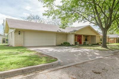 507 N AVENUE U, CLIFTON, TX 76634 - Photo 2