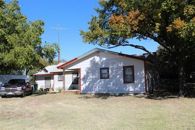 110 W WASHINGTON ST, Throckmorton, TX 76483 - Photo 1