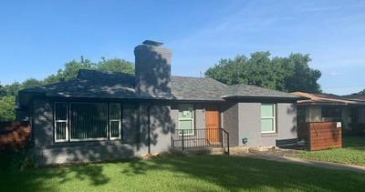 3709 PARK RIDGE BLVD, Fort Worth, TX 76109 - Photo 2