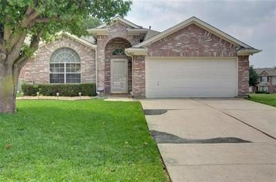 1117 BELMONT DR, Grand Prairie, TX 75052 - Photo 1