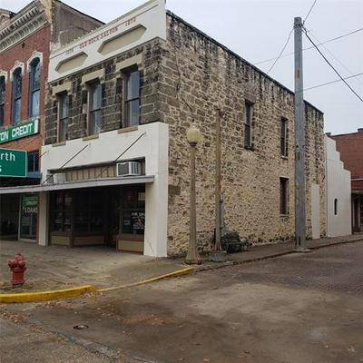 58 W ELM ST, Hillsboro, TX 76645 - Photo 1