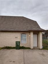 402 KINGS WAY DR, Mansfield, TX 76063 - Photo 1
