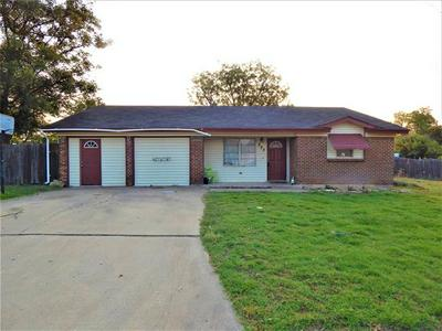 525 KENNEDY ST, Clyde, TX 79510 - Photo 1