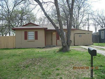 559 JOY DR, White Settlement, TX 76108 - Photo 1