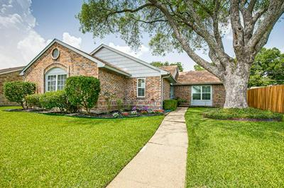 7505 PEBBLE BEACH DR, Rowlett, TX 75088 - Photo 1