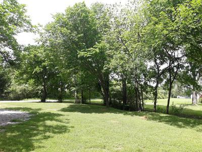 1115 BORDER LN, Kennedale, TX 76060 - Photo 2