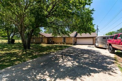 209 N JOPLIN RD, Kennedale, TX 76060 - Photo 2