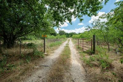 4644 COUNTY ROAD 1022, Joshua, TX 76058 - Photo 2