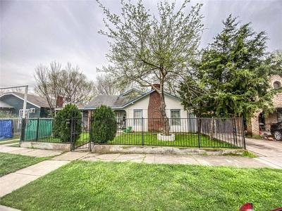 3524 AVENUE M, Fort Worth, TX 76105 - Photo 1