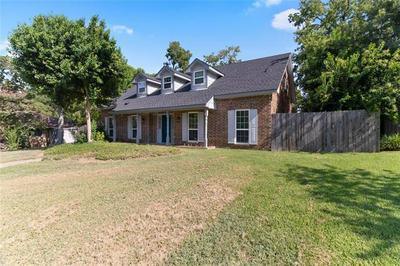 907 VENICE CIR, Duncanville, TX 75116 - Photo 2