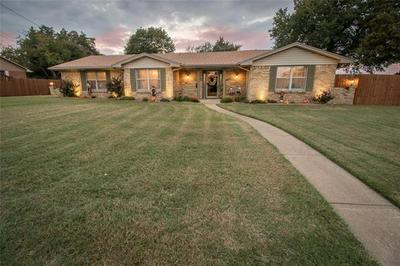 303 GLENDALE AVE, Seagoville, TX 75159 - Photo 1