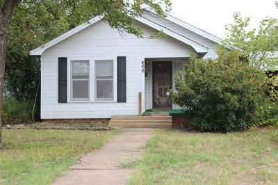 406 E 10TH ST, Coleman, TX 76834 - Photo 1