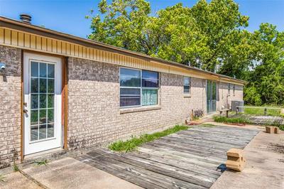 917 GERMAINE ST, Aubrey, TX 76227 - Photo 2