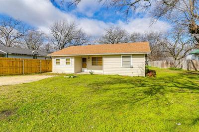 107 E NORTH ST, ITASCA, TX 76055 - Photo 1