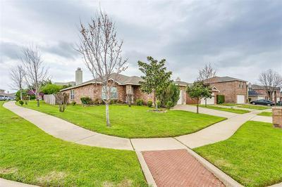 8405 BEACHPLUM WAY, ARLINGTON, TX 76002 - Photo 2