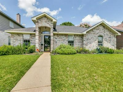 428 KIMMEL DR, Cedar Hill, TX 75104 - Photo 1