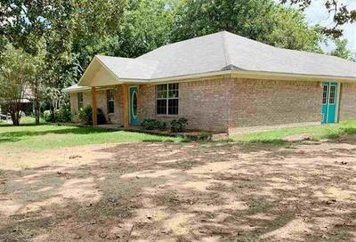 510 E FAIRVIEW ST, Blossom, TX 75416 - Photo 2