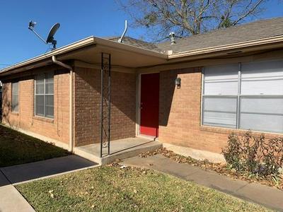 2114 N TRAVIS ST, Sherman, TX 75092 - Photo 1