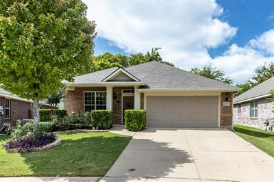 15549 GATEHOUSE DR, Fort Worth, TX 76262 - Photo 2