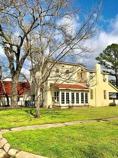 412 W SAN MARCOS, Wortham, TX 76693 - Photo 1