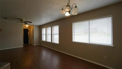 124 S PIPELINE RD W, Euless, TX 76040 - Photo 2