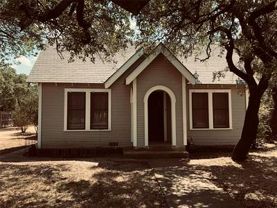 1022 E COKE ST, Hamilton, TX 76531 - Photo 1