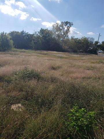 617 N UNION ST, Whitesboro, TX 76273 - Photo 1
