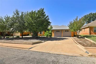 902 SCOTT PL, Abilene, TX 79601 - Photo 1
