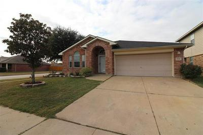 8416 PRAIRIE WIND TRL, Fort Worth, TX 76134 - Photo 1