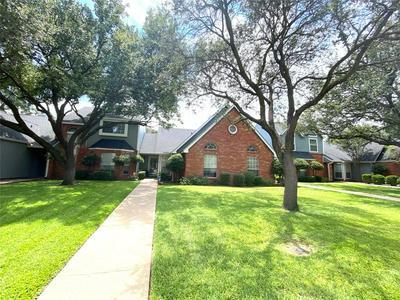 1025 LYTLE CREEK DR, Abilene, TX 79602 - Photo 2