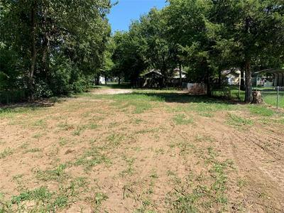 1817 N RICKETTS ST, Sherman, TX 75092 - Photo 1
